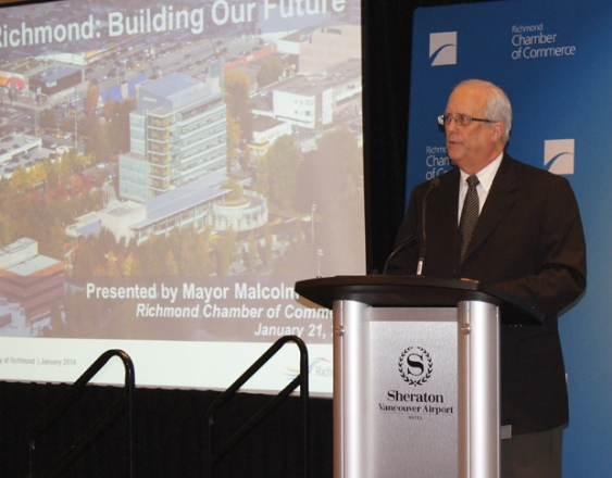 Mayor Malcolm Brodie addresses the Richmond Chamber of Commerce